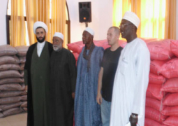 imam rabitl farhat with some guests at the ceremony 1