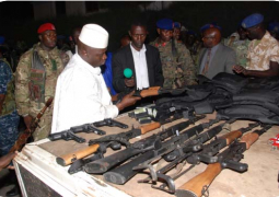 jammeh inspecting weapons