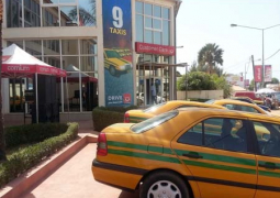 commiun 9 taxis