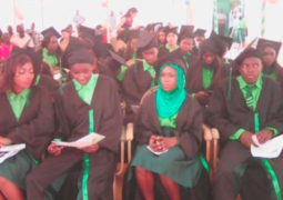 apple threegraduands